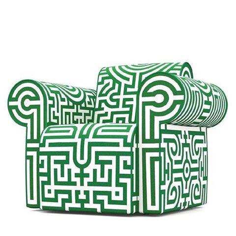 Het behang hebben we al @jemscharff vond ook deze stoel van #studiojob  zou het helpen? #design #whatdesigncando